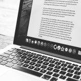 サイト内の文章の正確性を改善する方法